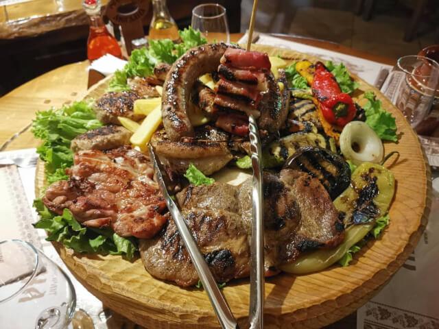 ブルガリア 肉料理